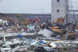 10 feared killed as tornado hits China
